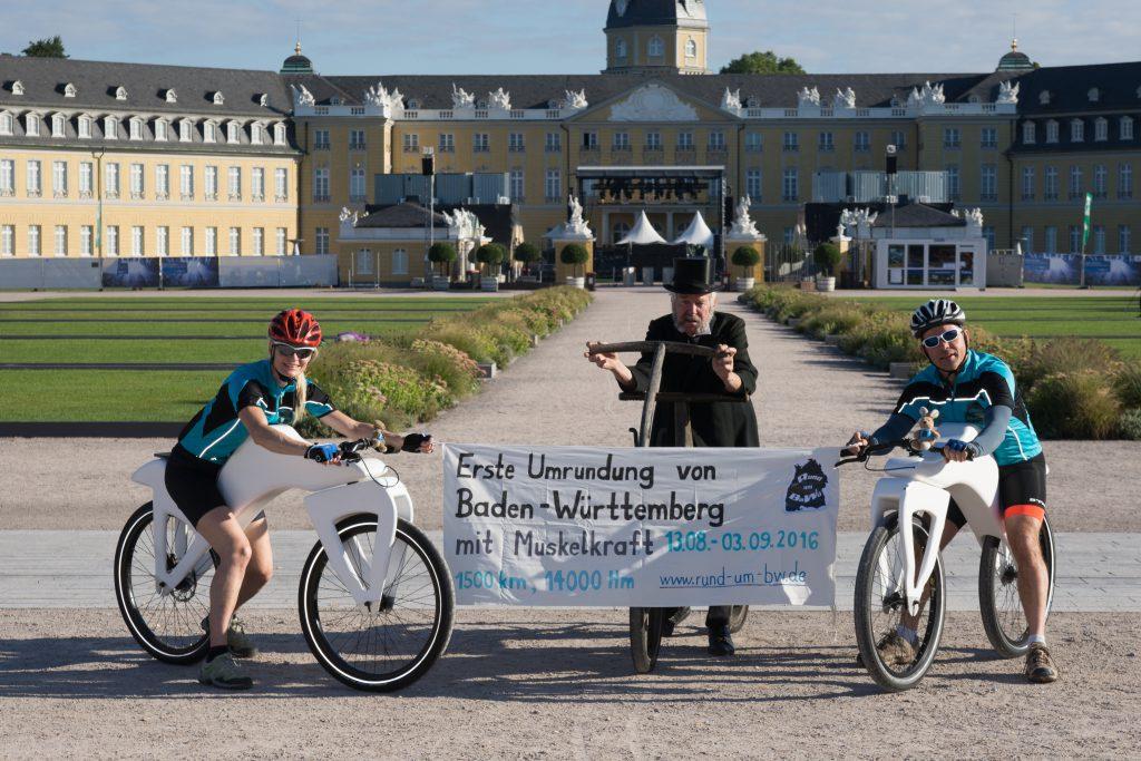 Erste Umrundung Baden Würrtembergs mit  Muskelkraft - Start in Karlsruhe mit Draisinen