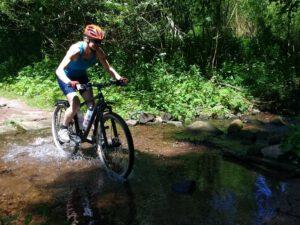 Ute Jansen - Biken durchs Wasser